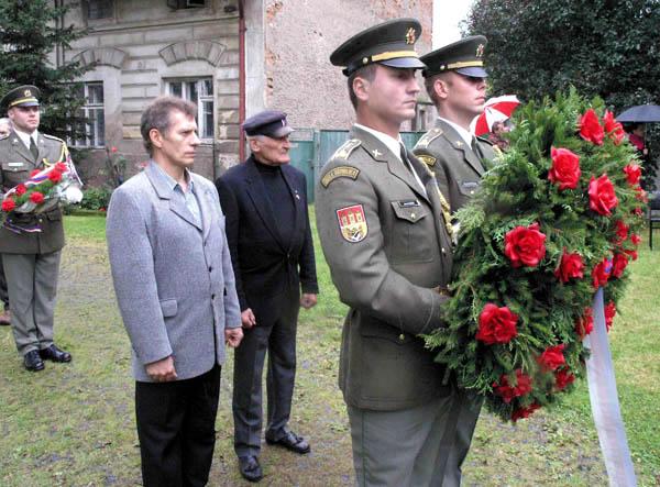 Pietní vzpomínka v Lošanech