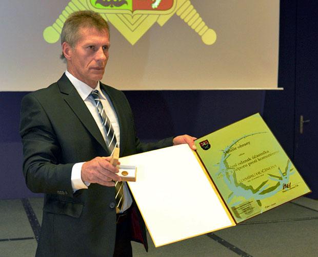 Vladimír Hučín převzal 26.9.2014 ocenění účastníka III. odboje a současně mu byl přiznán status válečného veterána